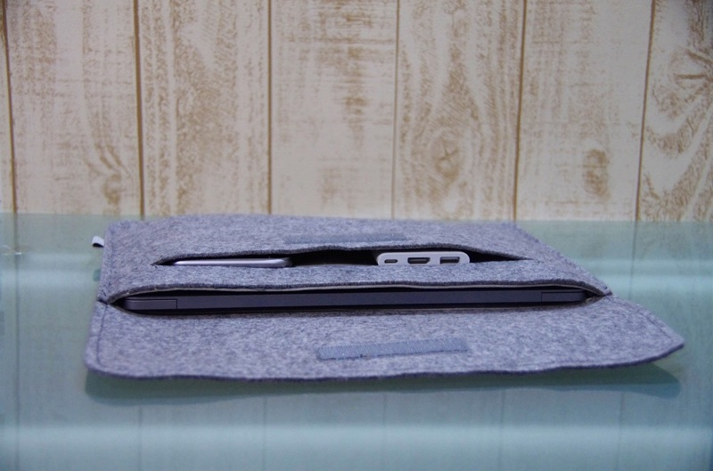 Inateck-Macbook-12inch-sleeve-case-review-11