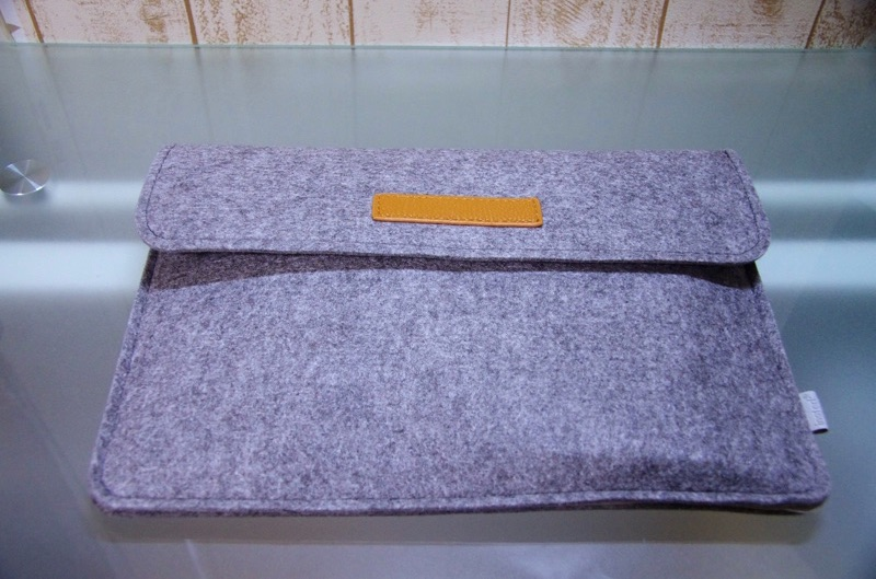 Inateck-Macbook-12inch-sleeve-case-review-12