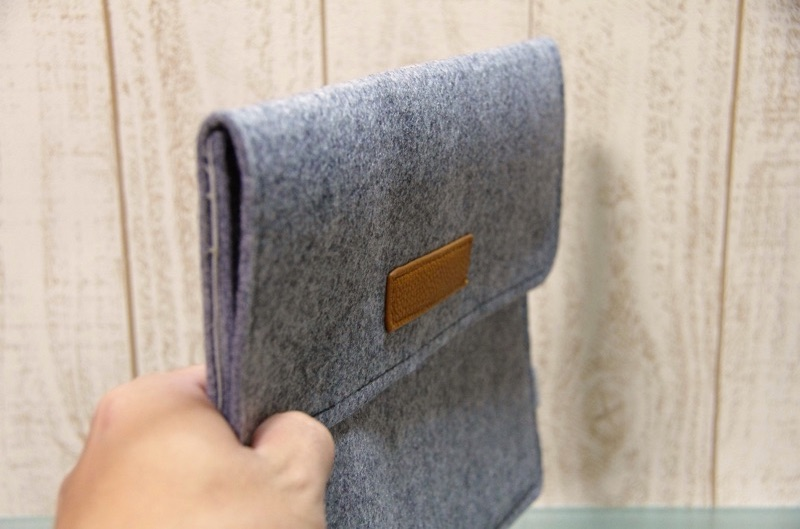 Inateck-Macbook-12inch-sleeve-case-review-5