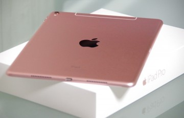 9-7-iPad-Pro-01
