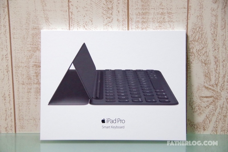 9-7-iPad-Pro-Smart-Keyboard-02