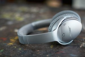 BOSE-QuietComfort-35-01