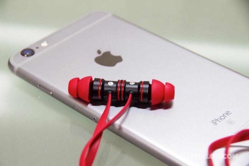 【レビュー】耳に挿すだけで簡単装着できる「iEC Bluetoothイヤホン」の音質はなかなかのもの、ですが・・・