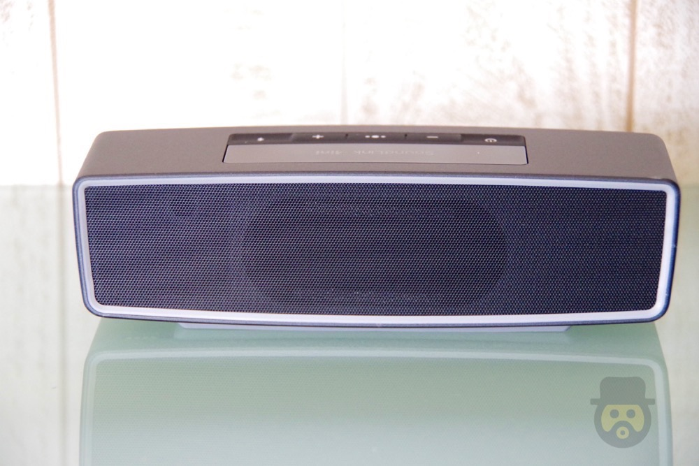 bose-soundlink-mini-bluetooth-speaker-08