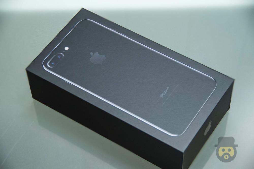 iphone-7-plus-jetblack-review%e2%88%9203
