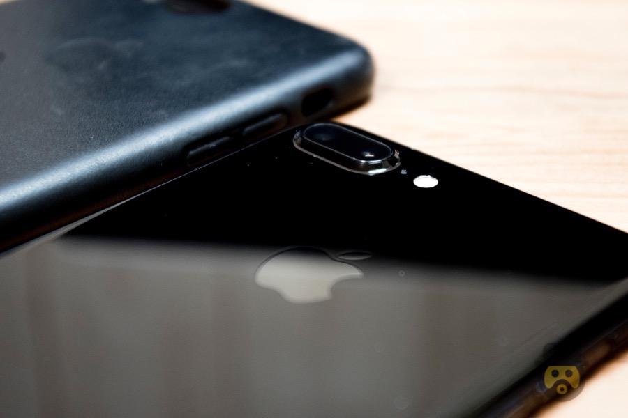 【レビュー】iPhone 7 Plus ジェットブラックを半年間使ってみた傷の状態はこうだ!!
