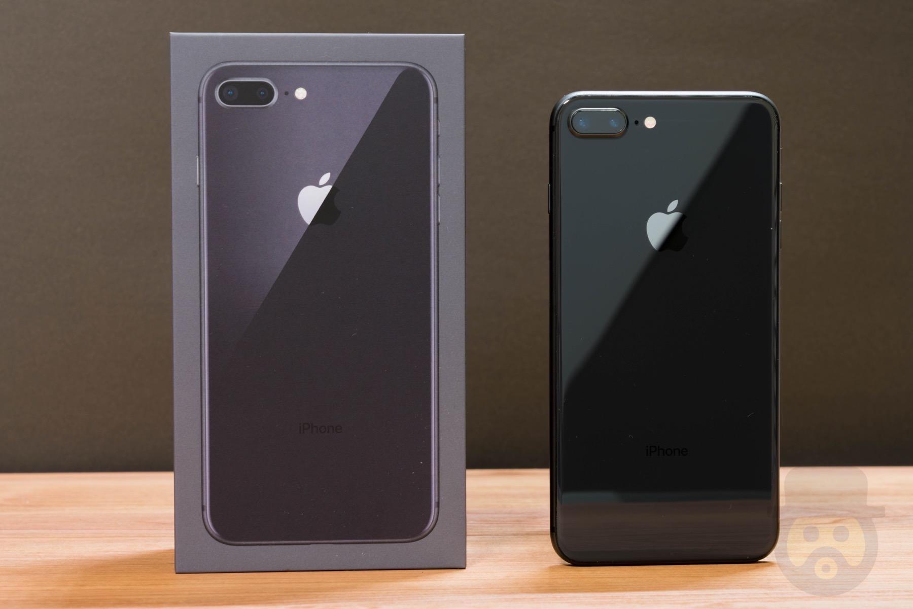 iPhone 8 Plus 開封レビュー!輝きを放つ背面パネル外観はまるで芸術品
