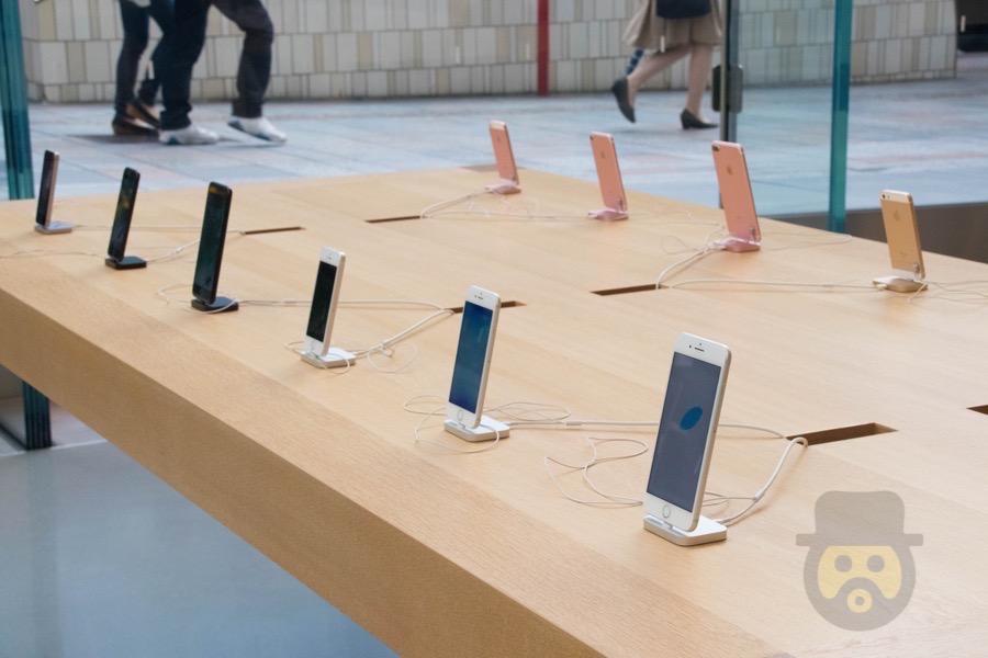 やっぱり「iPhone X」か!? iOS 11 GM内のコードから記述が発見される!