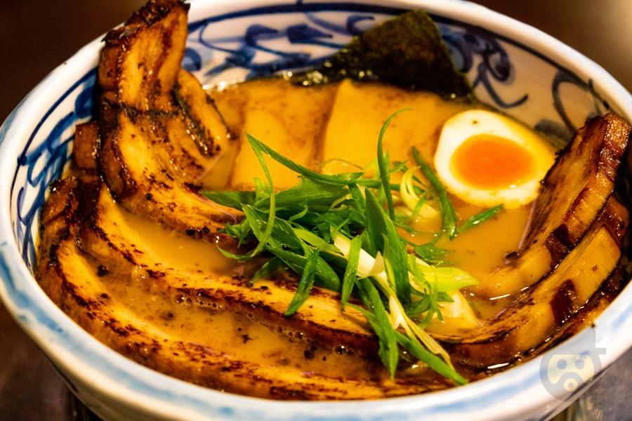 新潟市内の人気ラーメン店「いっとうや」のかさね醤油が最高に美味でおすすめ【レビュー】