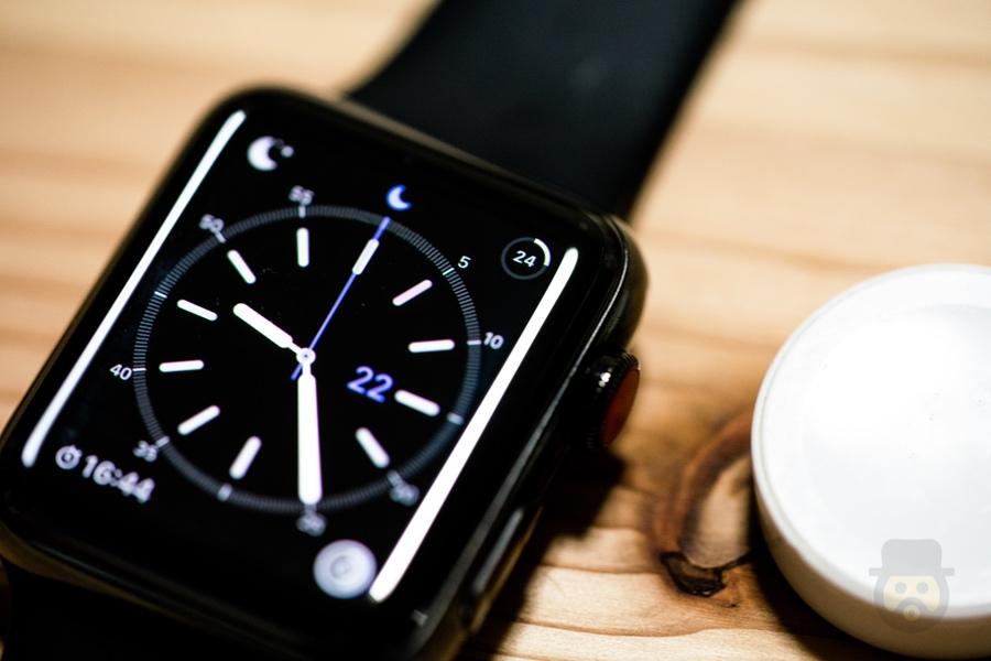 Apple Watchの電池持ち、iPhone接続なしだと消耗がかなり激しいので注意!