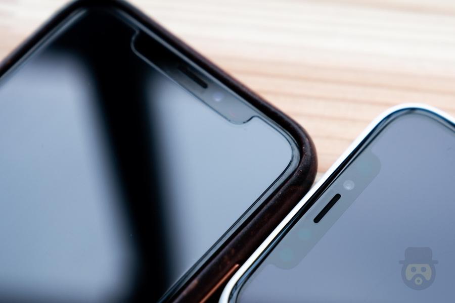 iPhone Xをガラスフィルム無しで1ヶ月使ったら画面の傷はどうなるのか!?