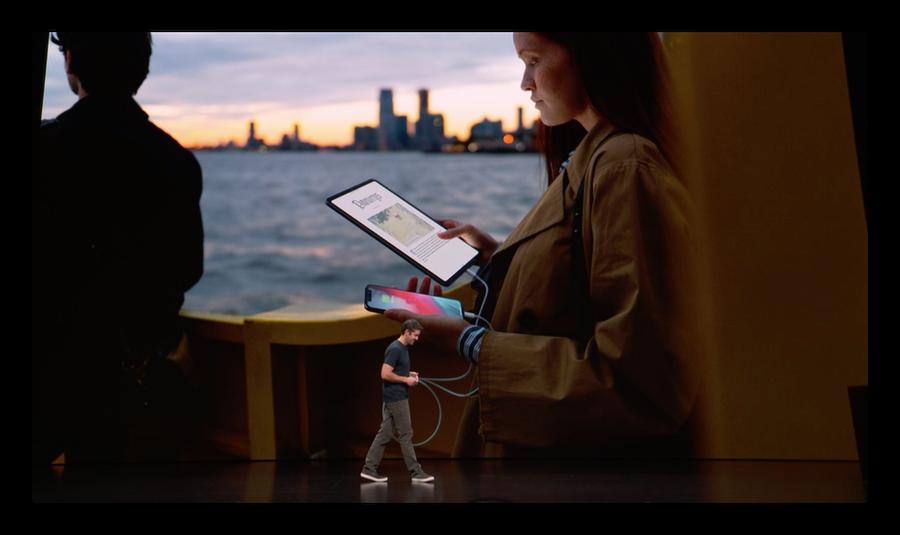 新型「iPad Pro」を使って「iPhone XS」を何回充電できるか考察してみた
